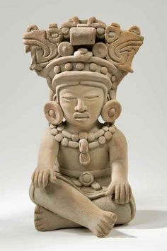 Mayan Clay Sculpture - the sculpture and ceramics of this period took varied forms in terms of style and purpose over the years.
