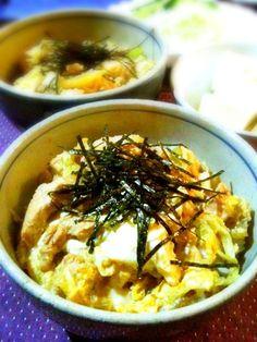 余り物の白菜を加えてみました。邪道だけど美味しかった☺ - 17件のもぐもぐ - 親子丼 by tabajun
