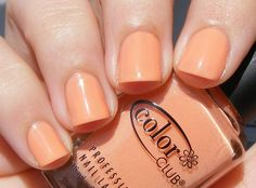 peach nails - too bad I would look like a nailless freak if I tried this...