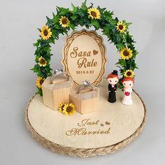 Engagement Ring Platter, Wedding Engagement, Engagement Decorations, Wedding Decorations, Groom Ring, Bride Groom, Ring Holder Wedding, Ring Holders, Ring Pillow