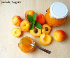Marmellata di albicocche senza zucchero e senza pectina fatta al 100% di frutta, l'ideale se si vogliono tenere gli zuccheri sotto controllo!