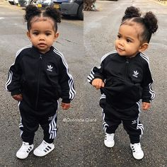 Sporty Saturday 🖤 does this sporty outfit looks good on her? Beautiful Black Babies, Beautiful Children, Kid Swag, Baby Kind, Lil Baby, Pretty Baby, Baby Swag Girl, Baby Girls, Cute Baby Girl