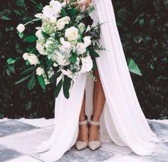 Beautiful slit skirt