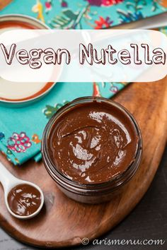 Homemade Nutella: Vegan, gluten-free and even more delicious than the store bought kind!