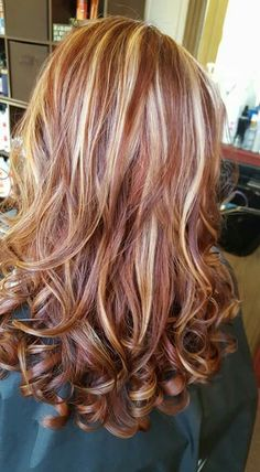 That color!! Low Lights And Highlights, Blonde Hair With Red Highlights, Platinum Highlights, Strawberry Blonde Hair, Red Hair Color, Fall Hair Colors, Haircolor, Balayage Hair, Auburn Hair