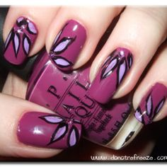 Flower nails - they remind me of geometric figures somehow so maybe i could do something like that (nerdy style nails ;p)