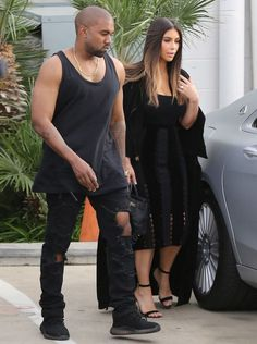 "Kim Kardashian and Kanye West on the set of ""Kocktails with Khloe"" #kanye #kanyewest #yeezy #yeezy550boost #sneakers #faithconnextionparis #faithconnextion #hermes #manoloblahnik"
