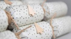 Traditional paper christmas cracker pinterest christmas crackers 8 fun personal things to put in homemade christmas crackers solutioingenieria Choice Image