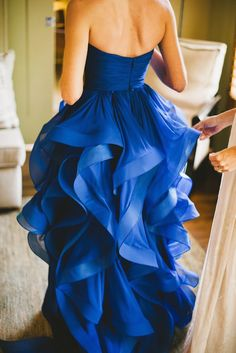 Wow! A gorgeous royal blue wedding gown inspired by rippling waves from nimasalimi.com #royalblue #nautical #weddingdress