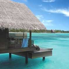 Luxury-Holiday-Resort-Maldives-06
