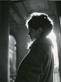 anni faigue de profil, 1958 • robert doisneau