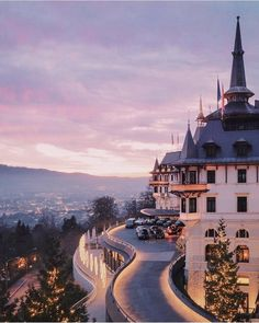 A fairytale castle, right here in Zürich. With view onto the lake, from The Dolder Grand Hotel. Beautiful Hotels, Beautiful Places, Oh The Places You'll Go, Places To Travel, Suiza Zurich, Lets Run Away Together, Switzerland Hotels, Hotel Secrets, Century Hotel
