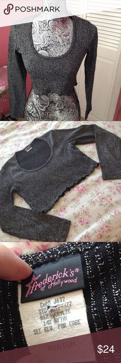 FREDERICKS  OF HOLLYWOOD CROP TOP M FREDERICKS OF HOLLYWOOD BLACK AND SILVER GLITTER LONG SLEEVE TOP M GENTLE USE Frederick's of Hollywood Tops Crop Tops