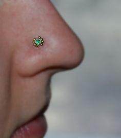 14k Gold Filled 2mm Emerald NOSE STUD / RING // Ear / Cartilage / Helix / Tragus piercing. 20 gauge 20g