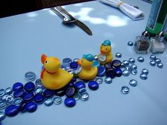 Cute table decoration idea for baby shower!