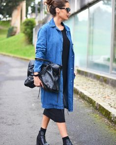 40 Denim Jacket Outfits You Must Try This Winter 2019 outfits Long Denim Shirt, Long Denim Dress, Long Denim Jacket, Jean Jacket Outfits, Denim Shirt Dress, Denim Coat, Denim Outfit, Demin Skirt, Demin Jacket