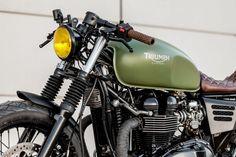 lady speed triumph custom motorcycle by macco motors