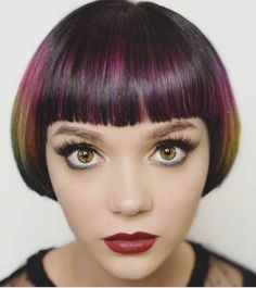 Sending your client out of the with a dry and finished style will help them really appreciate their new cut or color. This will keep you accountable and make sure that you continue to create work that you are proud of. Cute Bob Haircuts, Stacked Bob Hairstyles, Bob Haircut With Bangs, Bob Bangs, Creative Hairstyles, Unique Hairstyles, Medium Hair Styles, Short Hair Styles, Creative Hair Color