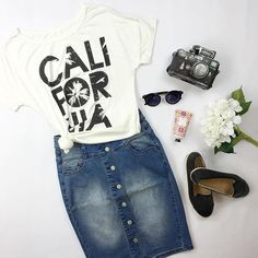California love❤️ and this skirt!!! SEXYMODEST.com #denimskirt #california #graphictees