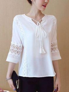 Blouse Styles, Blouse Designs, Shirt Bluse, Chiffon, Blouse Online, Look Cool, Corsage, Fashion Prints, Dress Patterns