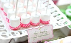 These white chocolate dipped marshmallows are a fun snack, or a great birthday party activity. I'd totally mix in some milk chocolate ones too! Chocolate Dipped Marshmallows, Marshmallow Treats, Pink Marshmallows, Marshmallow Sticks, Chocolate Sprinkles, Pink Parties, Birthday Parties, Birthday Ideas, Birthday Bash