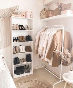 Room Design Bedroom, Small Room Bedroom, Room Ideas Bedroom, Home Room Design, Home Decor Bedroom, Diy Bedroom, Bedroom Inspo, Modern Bedroom, Girls Bedroom