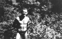Stachura w 1957 roku. Fot. dzięki uprzejmości Muzeum Literatury im. A. Mickiewicza w Warszawie
