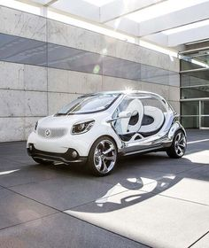Future Car : A Look at a Futuristic Car from  the 2013 International Motor Show in Frankfurt
