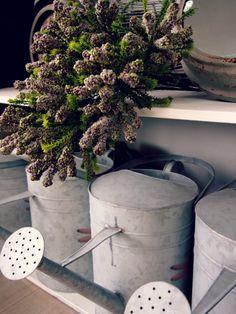 #details #groene #accenten #decoratie #accessoires #woonaccessoires #garden #house #log #cabin #interiour #green #accents #decoration #inspiration #fonteyn #outdoor #living #mall ♥