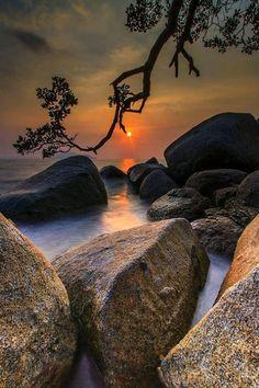 sunrise -sunset view of nature Amazing Photography, Landscape Photography, Nature Photography, Film Photography, Photography Ideas, Travel Photography, Beautiful Sunset, Beautiful World, Image Nature