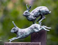 Rabbit Sculpture, Sculpture Clay, Garden Sculpture, Hare Images, Garden On A Hill, Rabbit Art, Bunny Art, 1920s Art Deco, Yard Art
