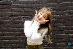 Twice Nayeon Twicetagram K Pop, South Korean Girls, Korean Girl Groups, Asian Woman, Asian Girl, Sana Momo, Nayeon Twice, Dahyun, Im Nayeon