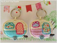 "mirigurumi: "" Retro Caravan Keyring - Free Crochet Pattern by Nach Stich Und Faden. """