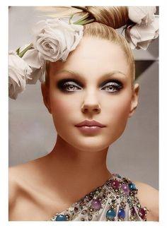 Jessica Stam 'Christian Dior Fall Winter 2007 Advertising Campaign', Jessica Stam by Craig McDean. Christian Dior Fall Winter 2007 Ready-to-Wear Jessica Stam, Dior Makeup, Eye Makeup, Vogue Makeup, Soft Makeup, Makeup Cosmetics, Sommer Make Up, How To Wear Makeup, Tout Rose