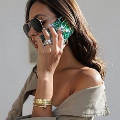 All good things come in three: Mom, tv-personality and model @wilsonmaggie featuring our 'Monstera Jungle' case 🍃💚 Shop it via link in bio! #idealofsweden #monsterjungle