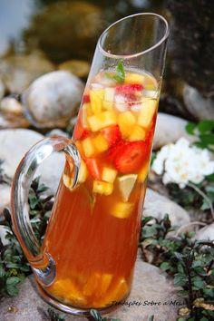 Tentações Sobre a Mesa: Sangria de Chá