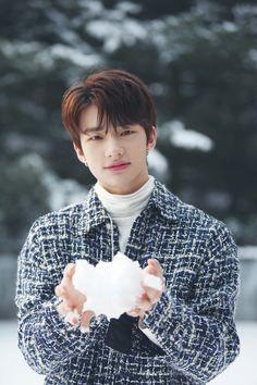 황현진 스트레이 키즈❤ #straykids #hwanghyunjin #hyunjin #handsome #cute #smile #wallpaper #lockscreen #HD #jyp