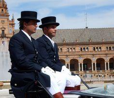 Cocheros clásicos.  En la Plaza de España (Sevilla).