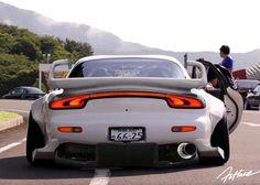 "radracerblog: ""Mazda Rx-7 FD Rocket Bunny """