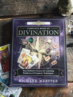 Llewellyn's Complete Book of Divination - Rite of Ritual Wiccan, Magick, Pagan, Candle Reading, Books To Read, My Books, Witchcraft Books, Divine Goddess, Baby Witch