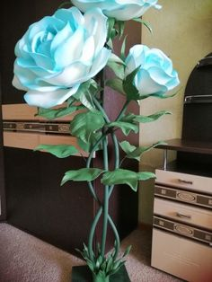 VK is the largest European social network with more than 100 million active users. Diy Crafts Paper Flowers, Hanging Paper Flowers, Large Paper Flowers, Giant Paper Flowers, Clay Flowers, Big Flowers, Paper Roses, Flower Crafts, Beautiful Flowers