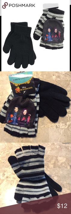 Disney Descendants 2-Pack Convertible Gloves Disney Descendants 2-Pack gloves featured in the two style design. Gloves are fashionable with the fingerless design that can also convert into mittens with the flip over design. The fingerless design has a button, that keeps the mitten-covers stationary while having mobility. The classic gloves are one size fits all. Disney Accessories Mittens