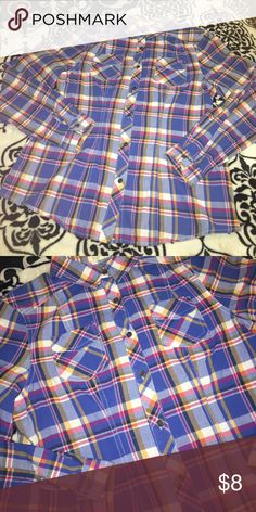 Wishful Park Button Up Size Large Wishful Park Button Up Shirt Wishful Park Tops Button Down Shirts