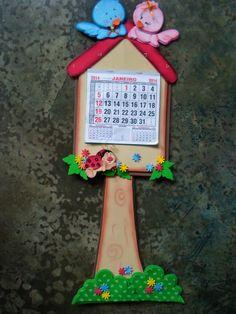 calendário Foam Crafts, Diy And Crafts, Crafts For Kids, Paper Crafts, Tamara, Butterfly Crafts, Art N Craft, Valentines Diy, Classroom Decor