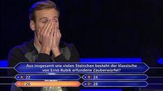 Leon loggt Antwort C) bei der 1-Million-Euro-Frage ein http://www.focus.de/kultur/kino_tv/psychologie-doktorand-leon-windscheid-so-bodenstaendig-feierte-der-neue-jauch-millionaer-seinen-hauptgewinn_id_5138463.html