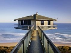 The Pole House beach front awesome