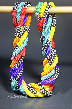 Marlene Brady: bead crochet For inspiration in bead crochet this is a good place to start!