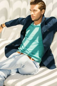 Who says mixing shades of blue won't work? Great look for the modern yet casual man. #Teal #Avivastyleformen