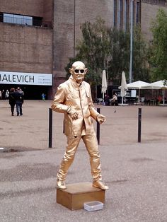 living statue in the street #england