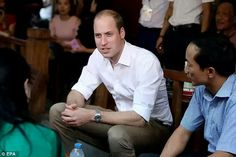 W illiam appeared relaxed and ready for serious discussion as he chatted to the locals in the country's capital city  Read more:http://www.dailymail.co.uk/femail/article-3941080/Prince-William-touches-Vietnam-prepares-make-passionate-speech-Far-East-s-illegal-wildlife-trade.html#ixzz4QDIxV2g0 Follow us:@MailOnline on Twitter DailyMail on Facebook